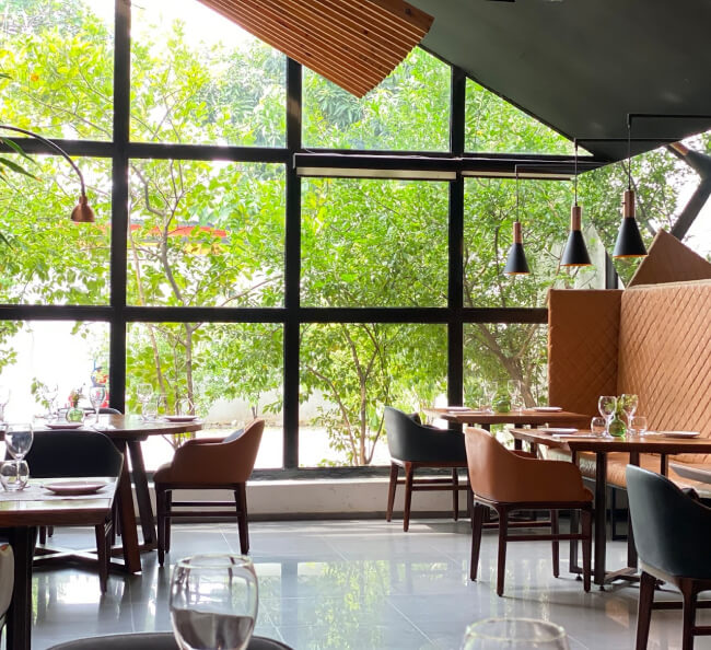A Restaurant Automates Air Disinfection to Ensure Business Continuity During COVID-19